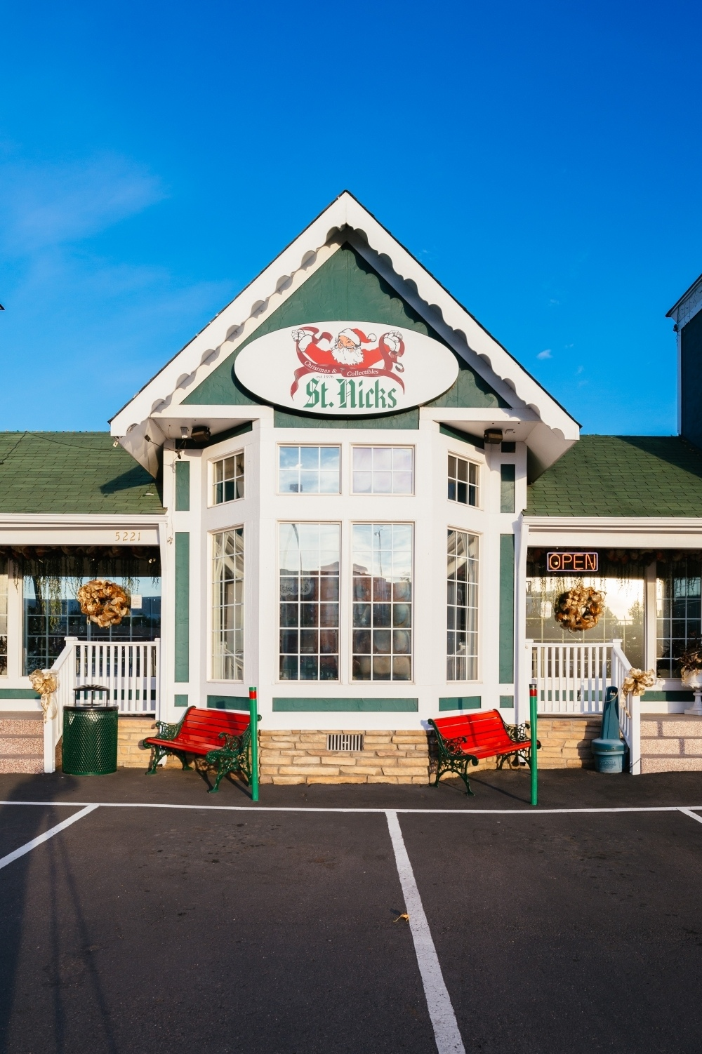 Our Christmas Store Gallery St Nick S Christmas Store Littleton Co