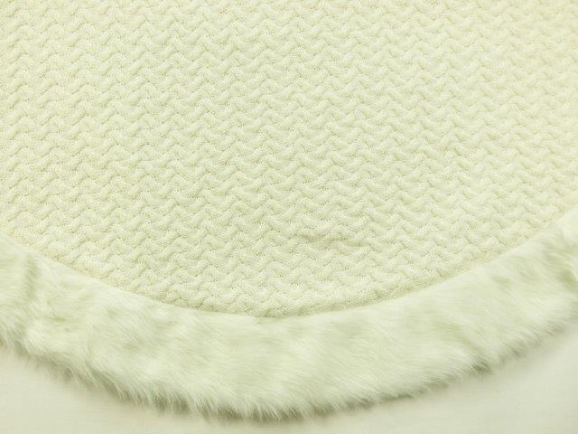 ts014 white cable knit fur tree skirt