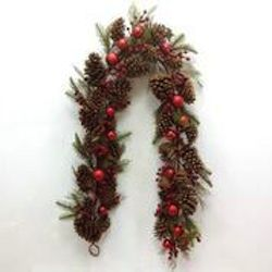 GAD133 southern charm 6 foot charm swag with pine cones and berries