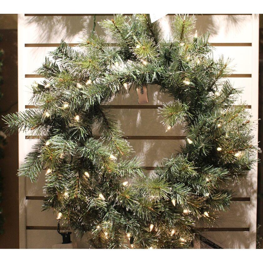30 inch iced winsor wreath