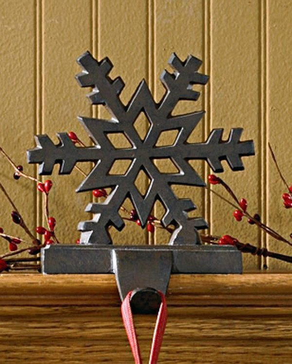 iron snowflake stocking holder