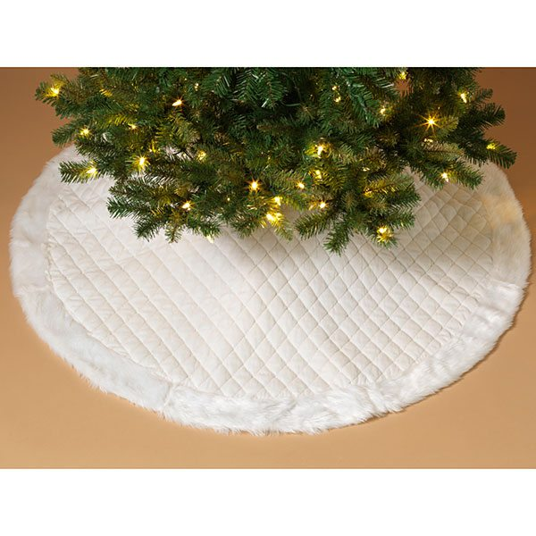 48 Inch White Quilted Tree Skirt With Fur Border