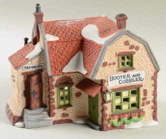 Dept. 56 Retired Dickens' Village Series Cobblestone Shops Botter and Cobbler